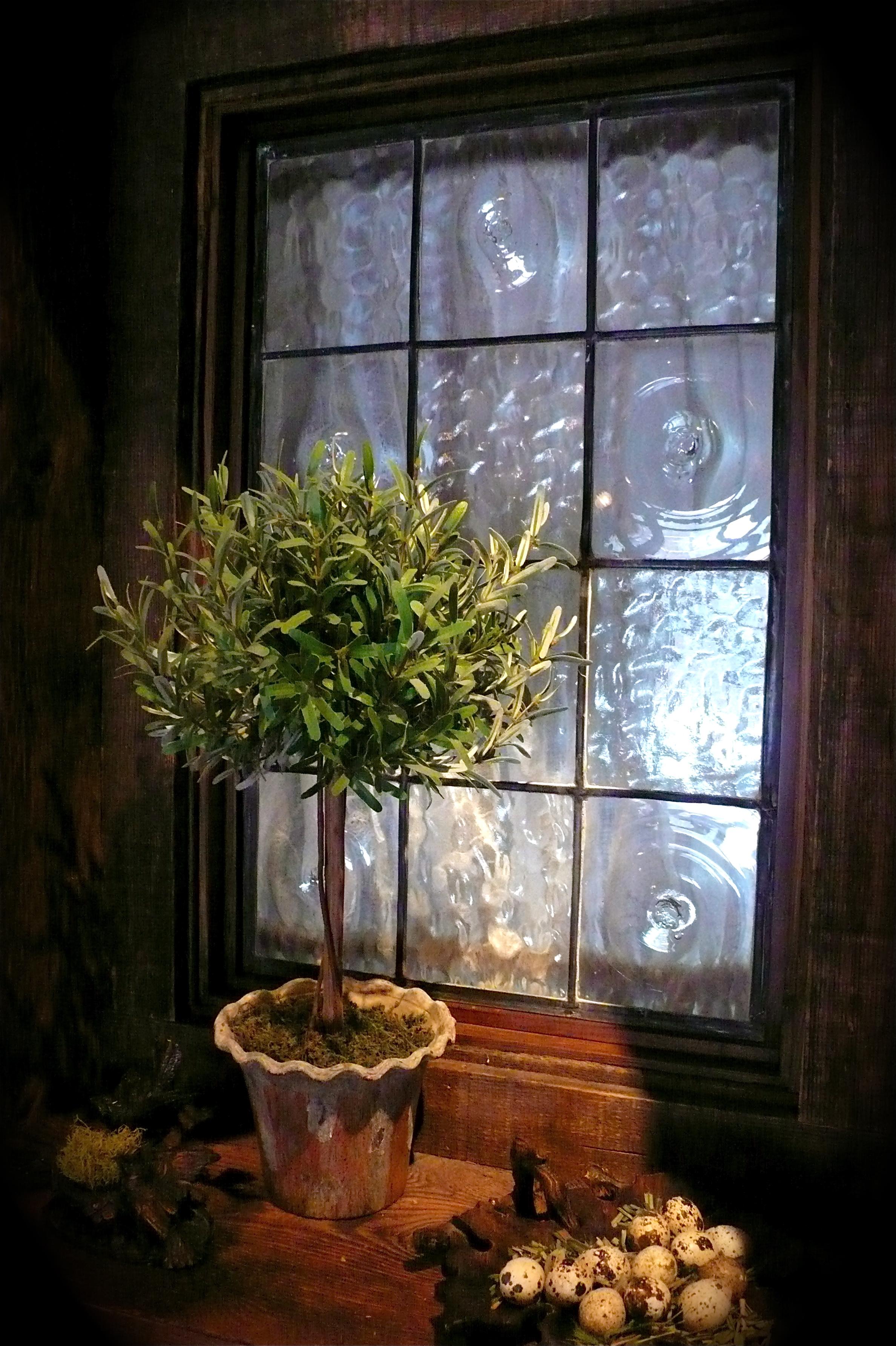 Hall window, Sun Valley house, slimpaley.com