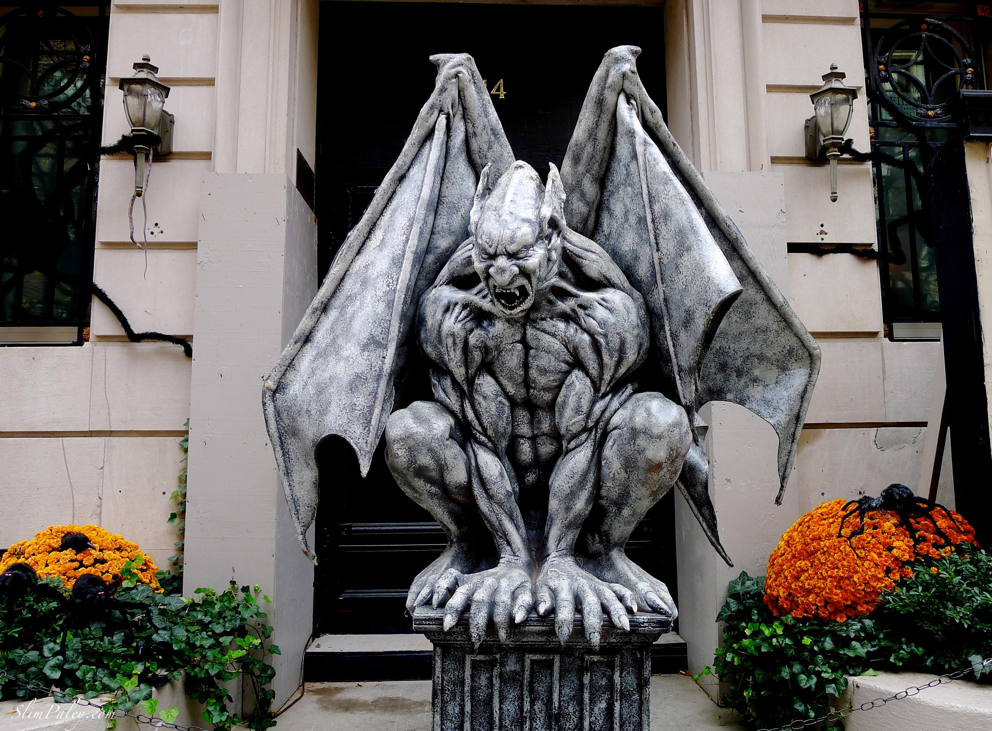 Gargoyle, Slim Paley