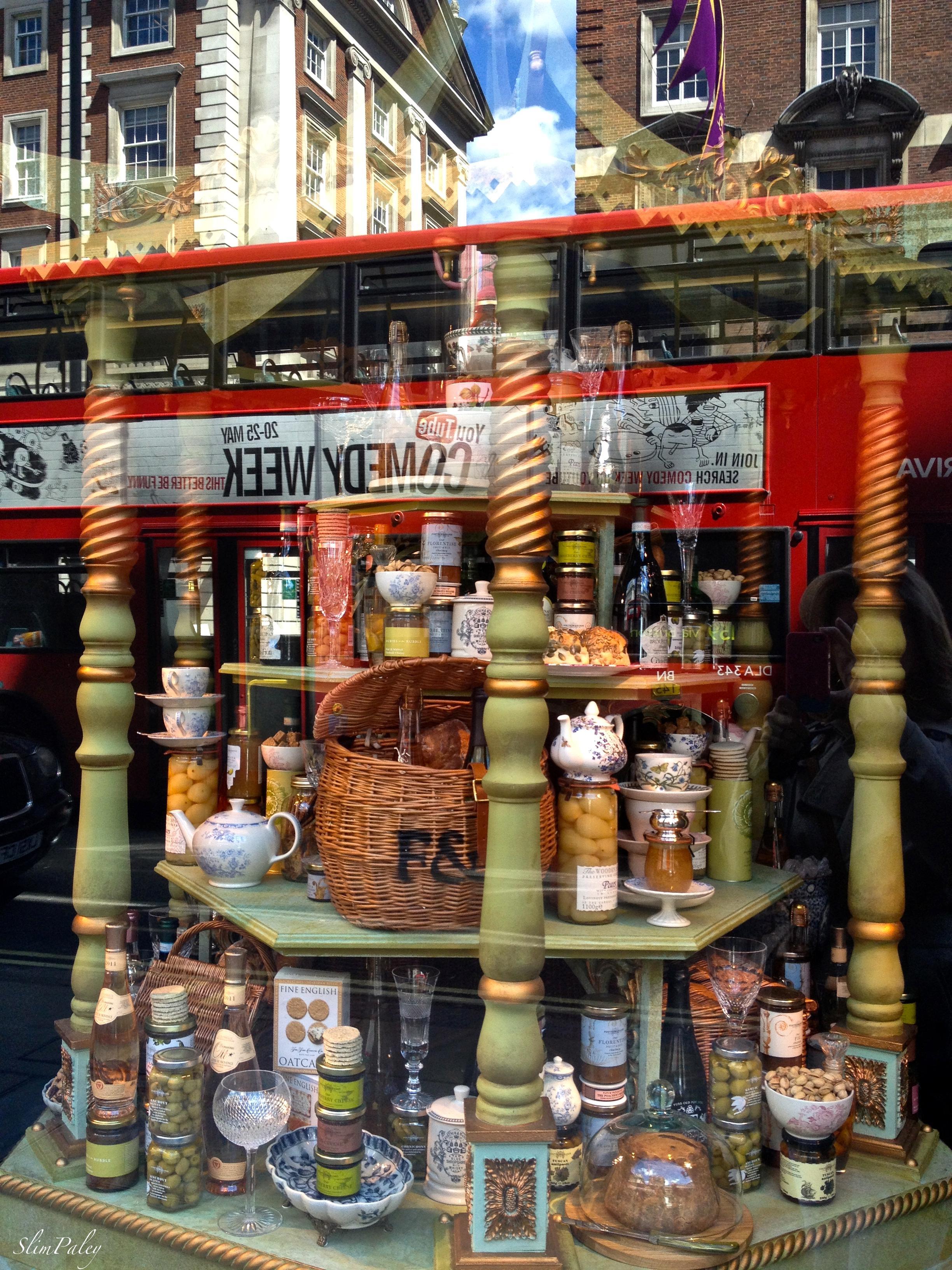 London window shopping