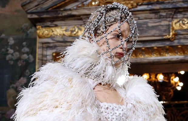 AlexanderMcQueen-Face-mask