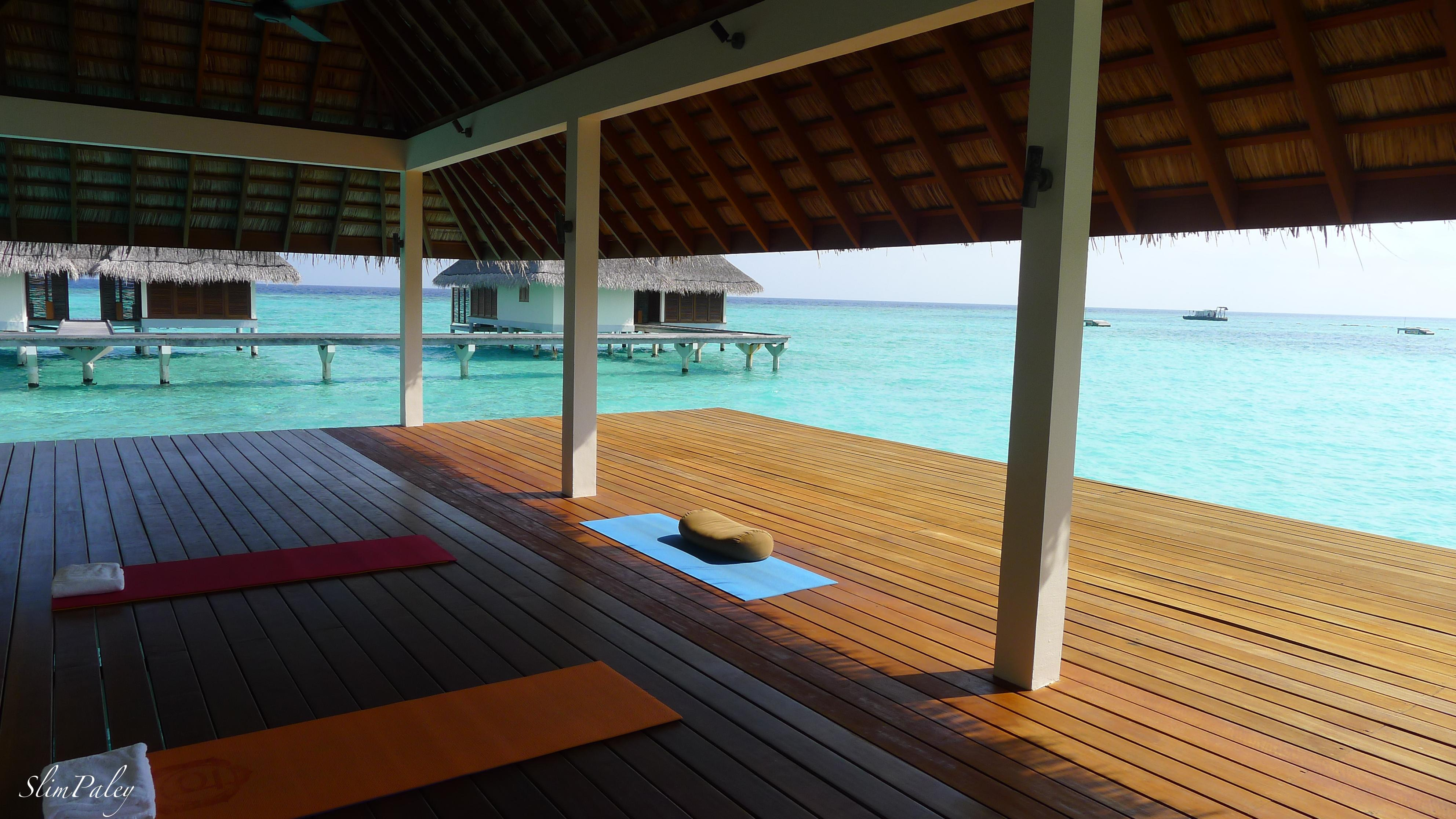 Yoga, Maldives, slimpaley