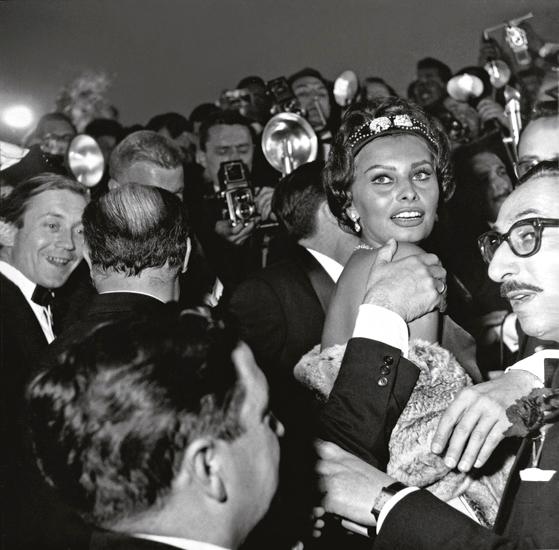 080-sophia-loren-1958