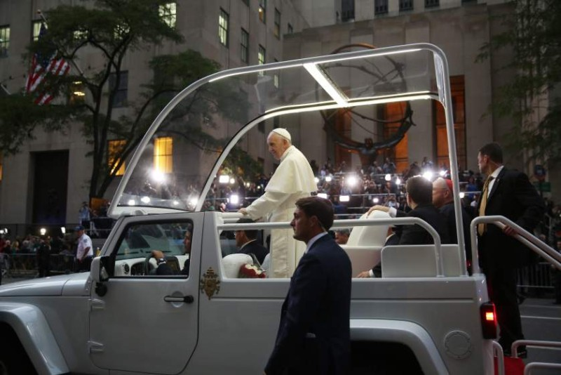 Pope Francis makes his way down 5th Avenue in New York City to St. Patrick's Cathedral in New York City on September 24, 2015. AFP PHOTO/ POOL/ Damon WinterDamon Winter/AFP/Getty Images