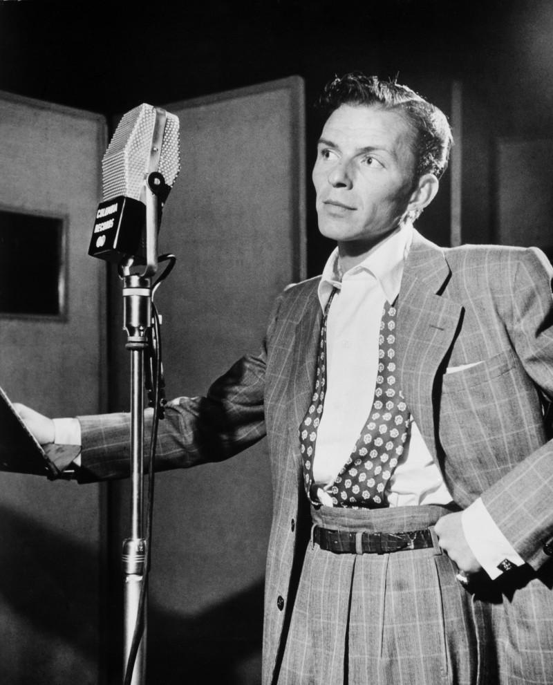Frank_Sinatra_by_Gottlieb_c1947-_2